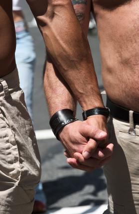 ● Contro i perversi e vani ragionamenti fatti da alcune Chiese Evangeliche a favore dell'omosessualità