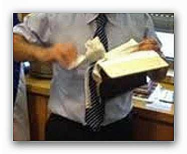 bibbia-strappata-