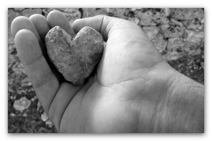 cuore-indurito-pietra