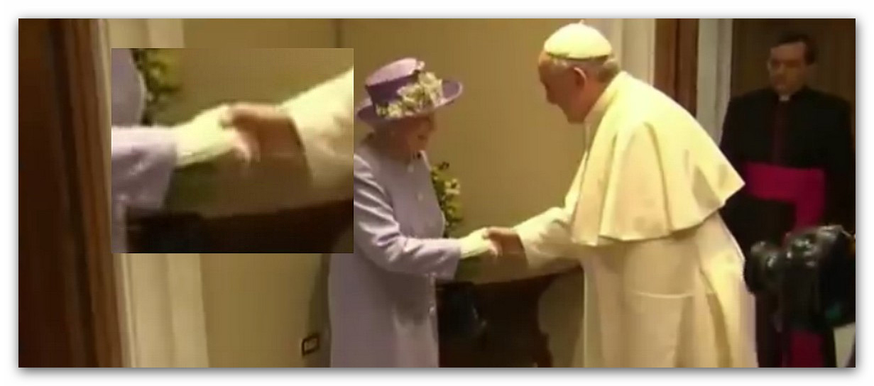 La Stretta Di Mano Massonica Tra La Regina Elisabetta E Francesco